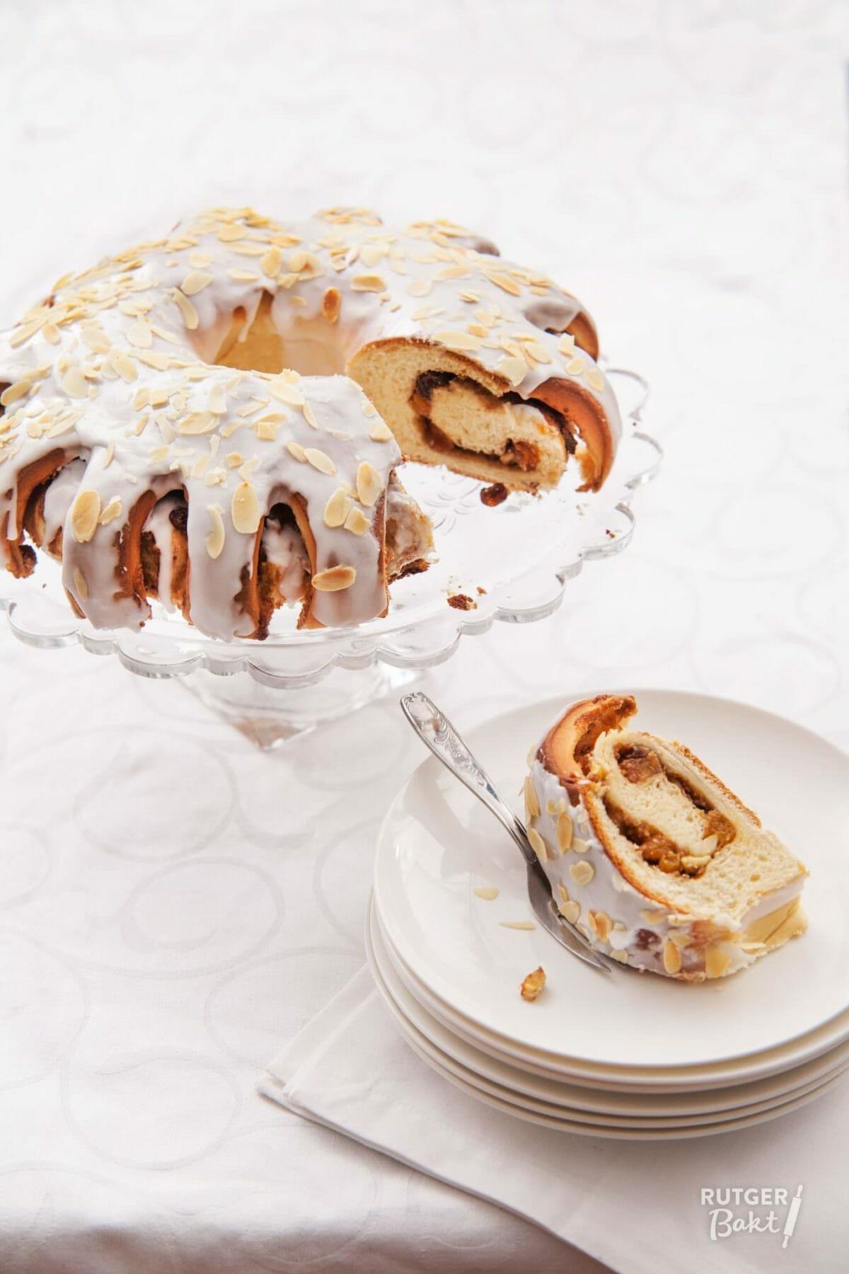 Paasbrood met abrikozen – recept