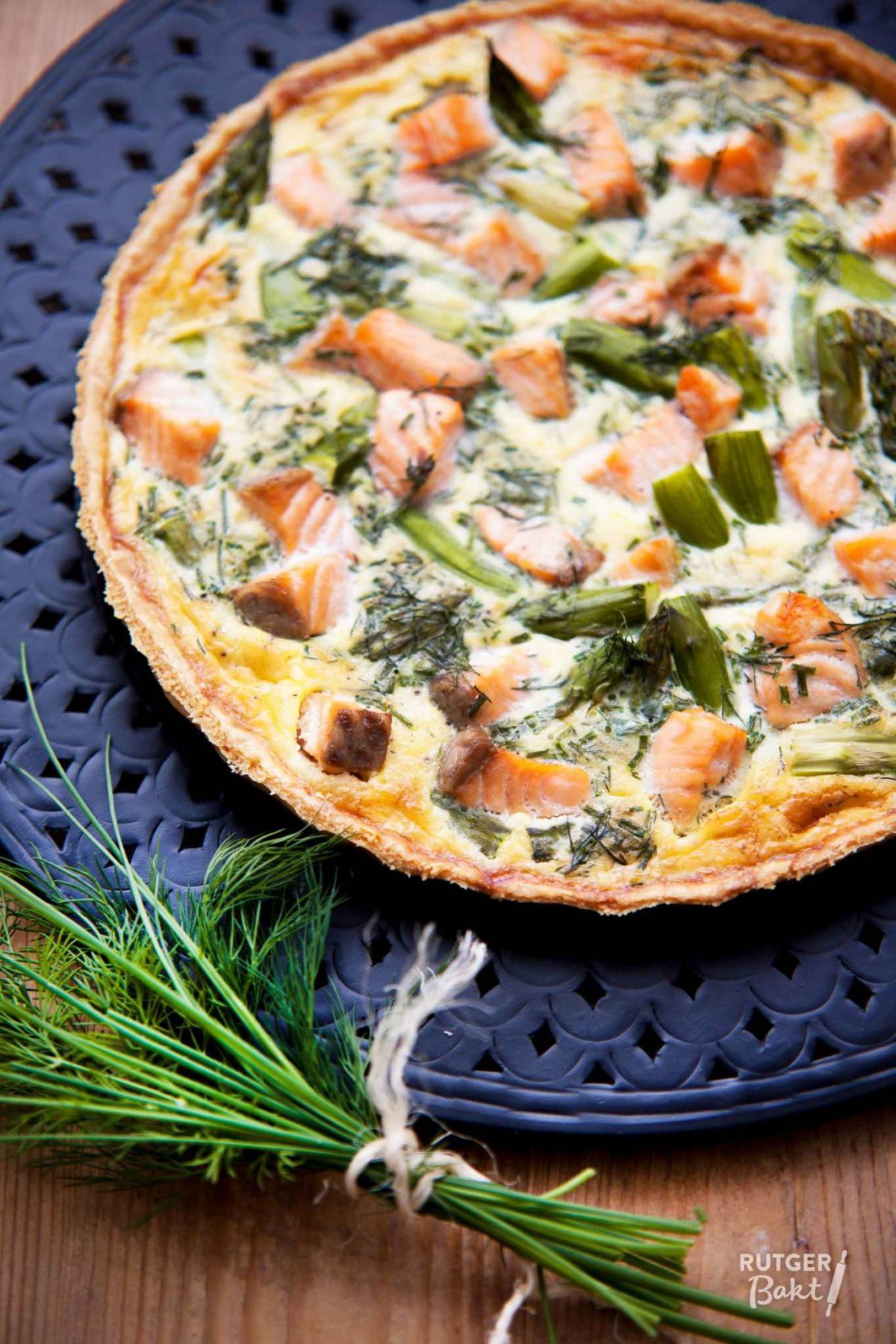 Quiche met zalm en groene asperges – recept
