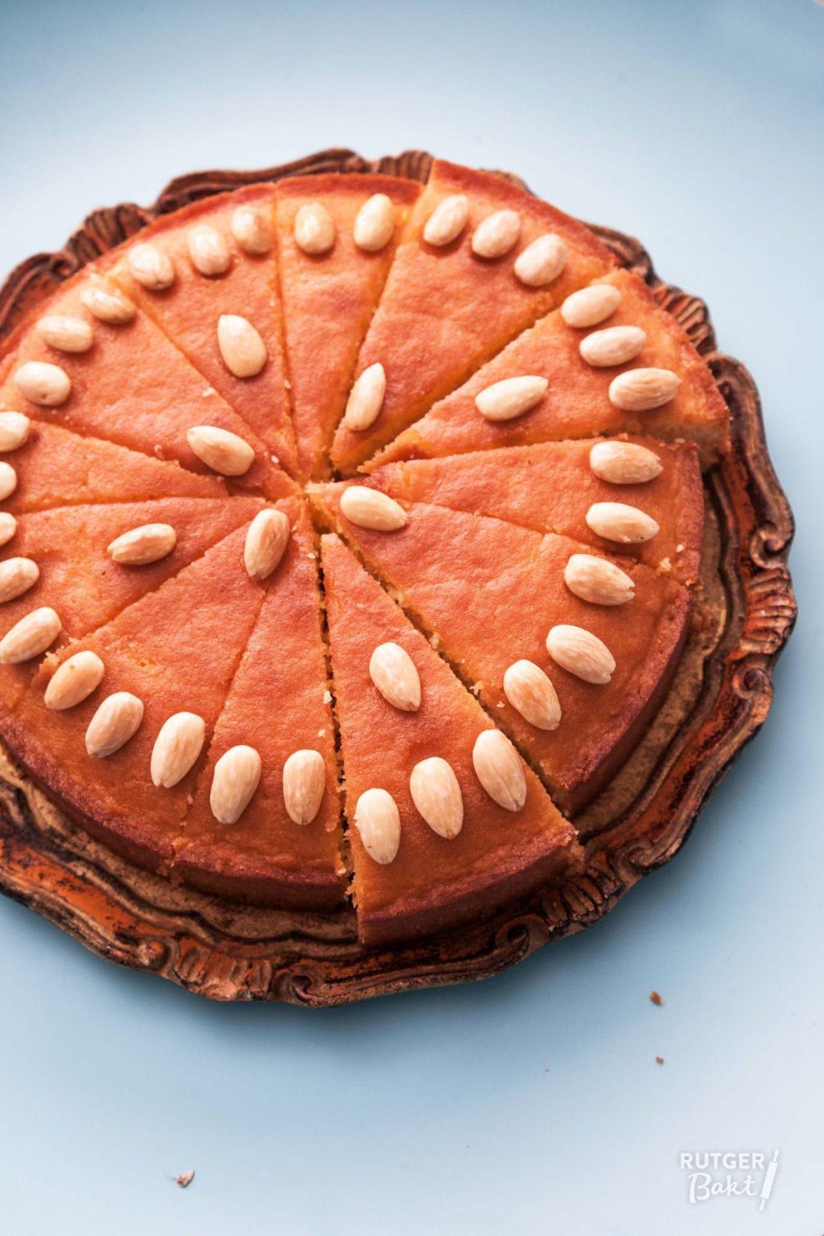 Griekse ravani – bakken