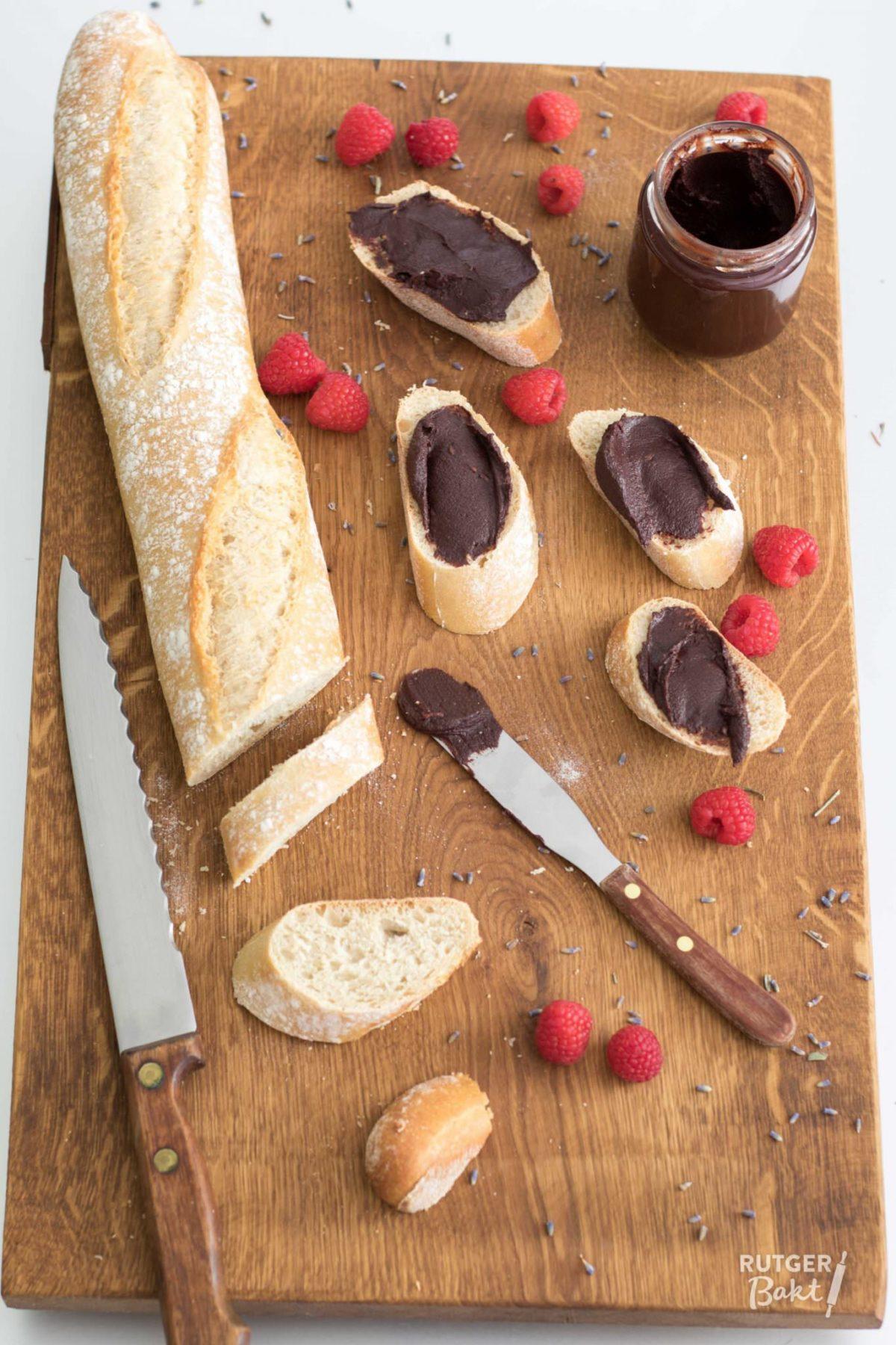 Frambozen-chocoladepasta met lavendel – recept