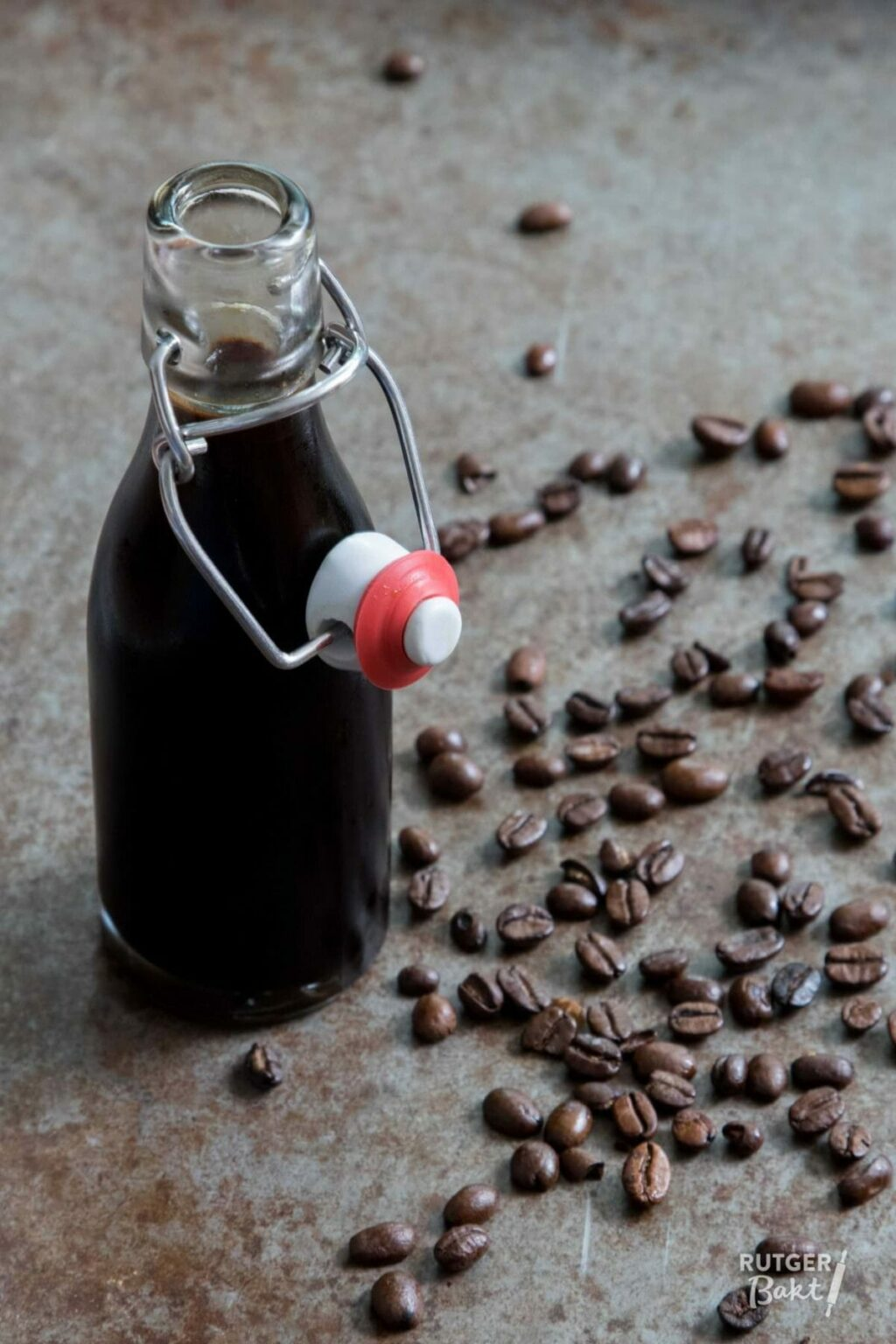 Vier manieren om zelf mokka-extract te maken