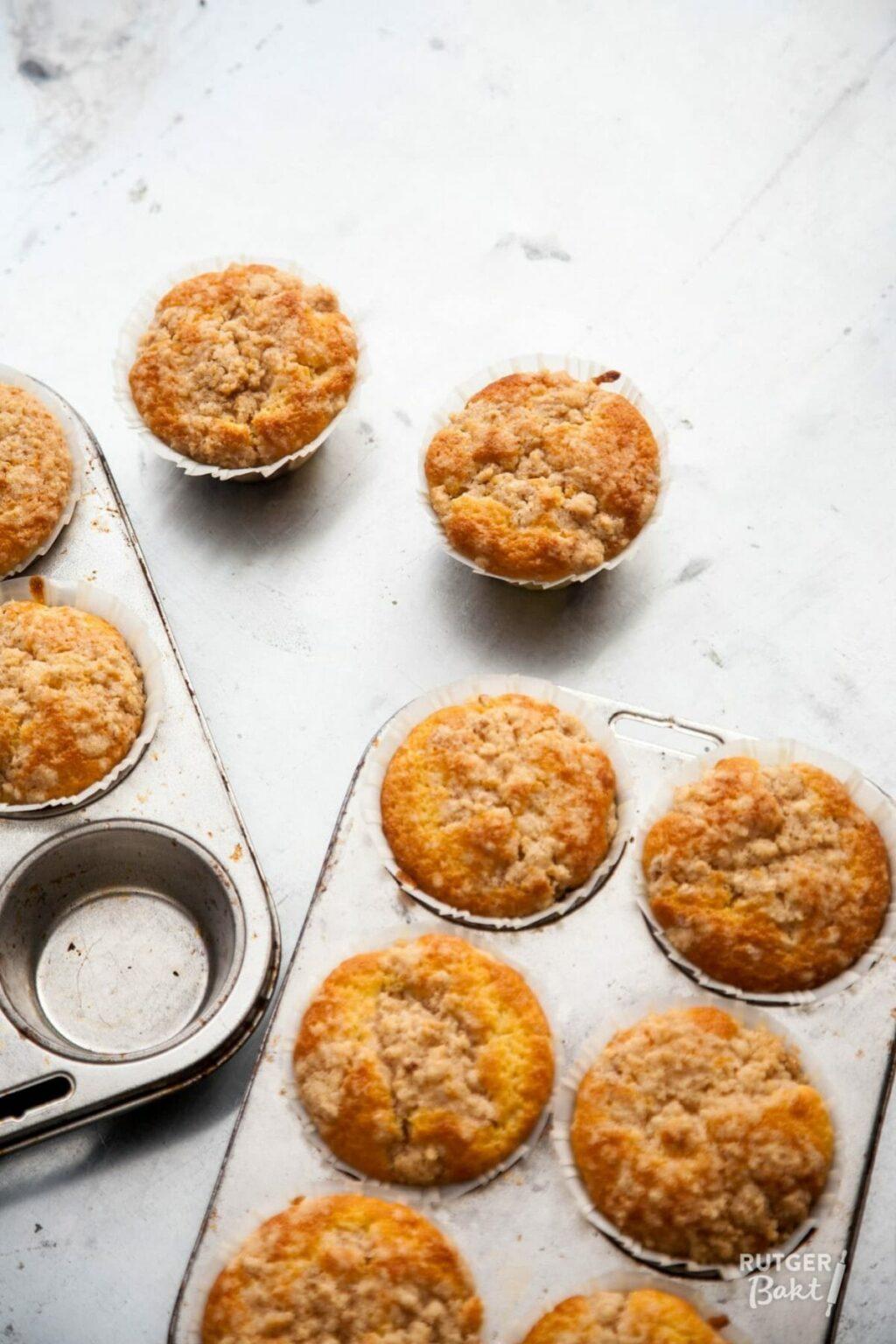 Witte chocolademuffins met kersen – recept