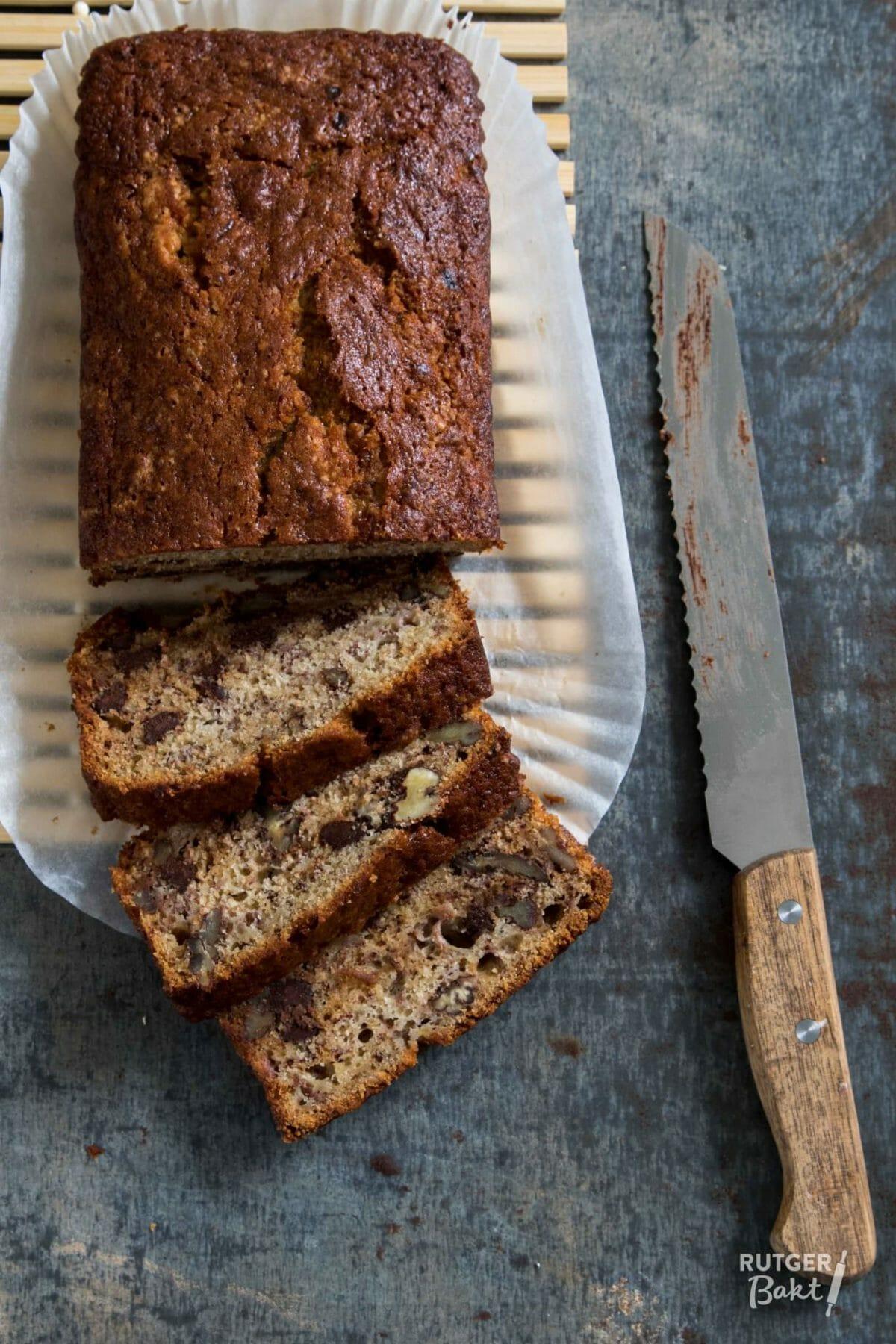 Bananenbrood met chocolade en pecannoten – recept