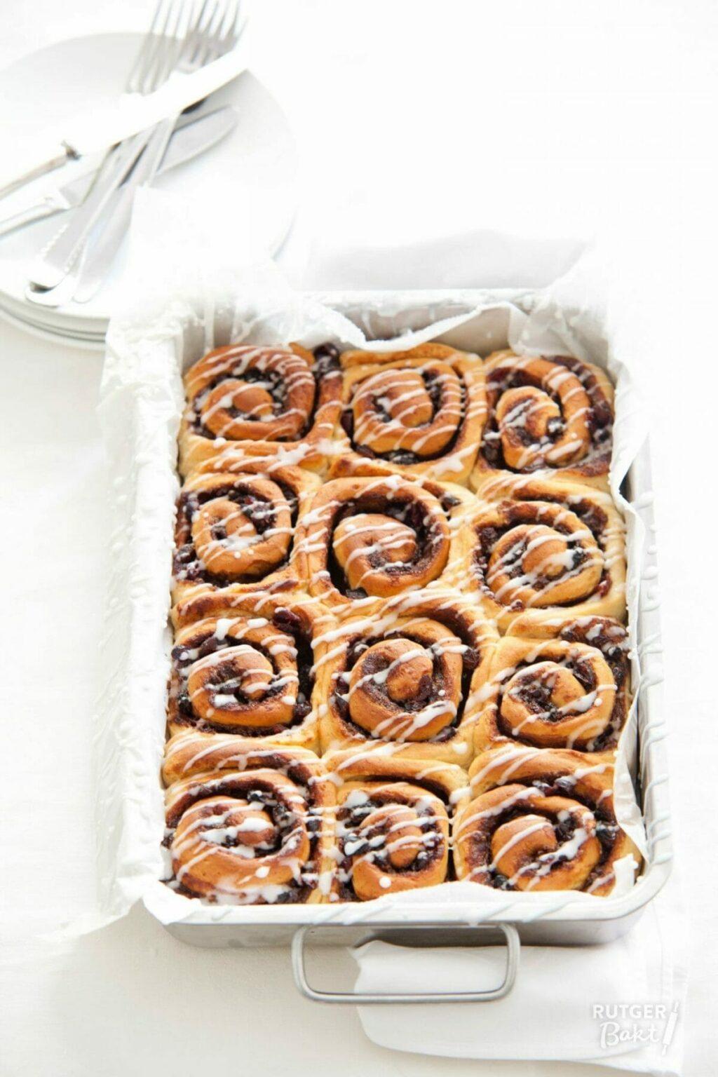 Opgerolde broodjes met cranberry's – recept