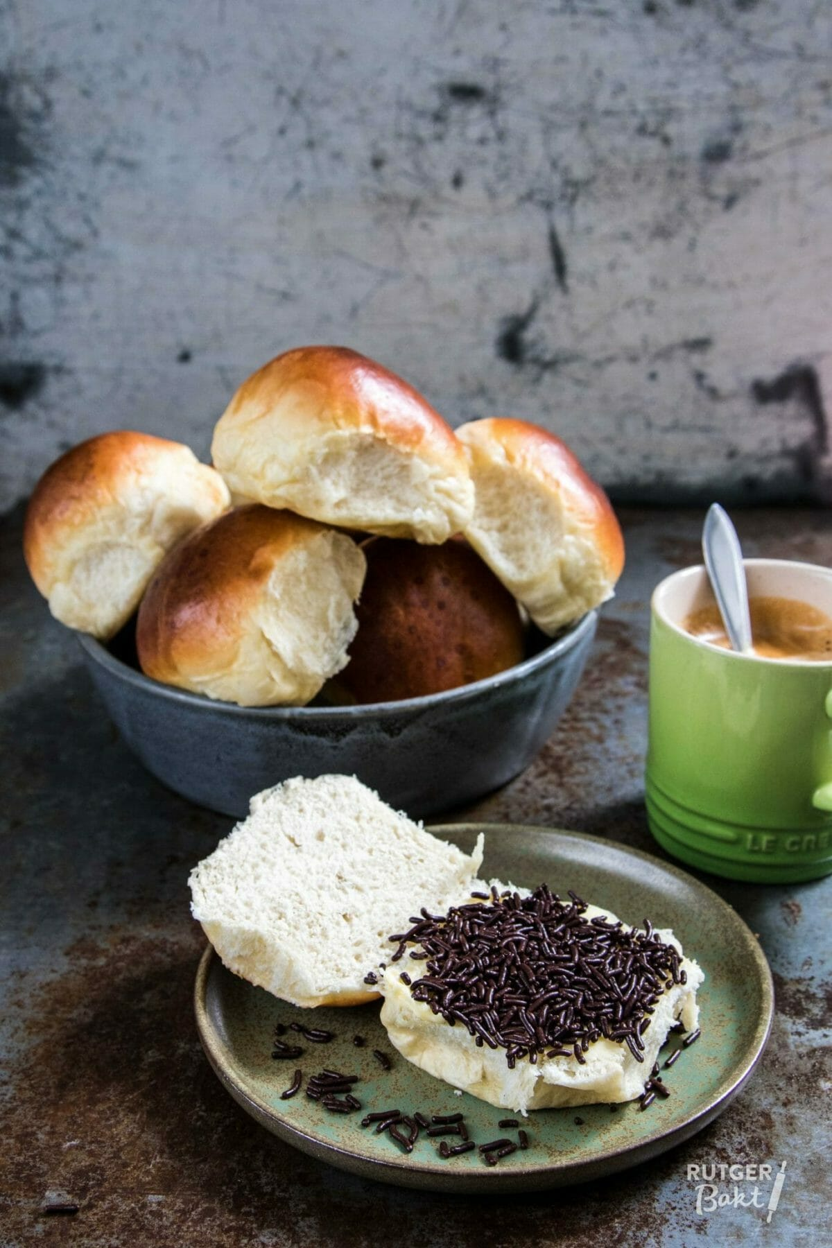 Zachte witte bolletjes bakken – recept