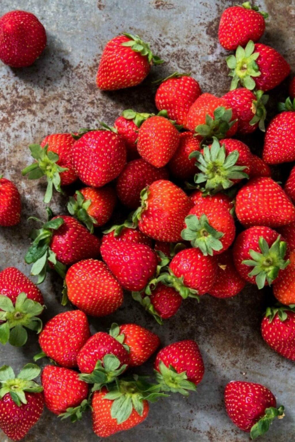 8 x lekkere recepten met aardbeien om te bakken