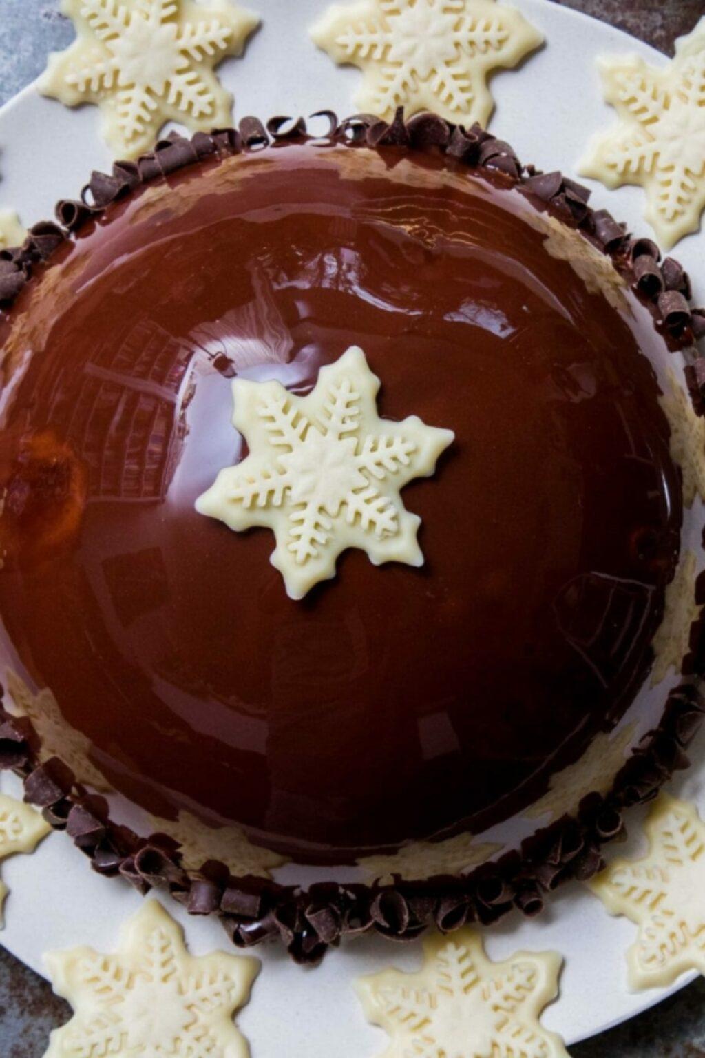 Boltaartje met chocolademousse en frambozenbavarois