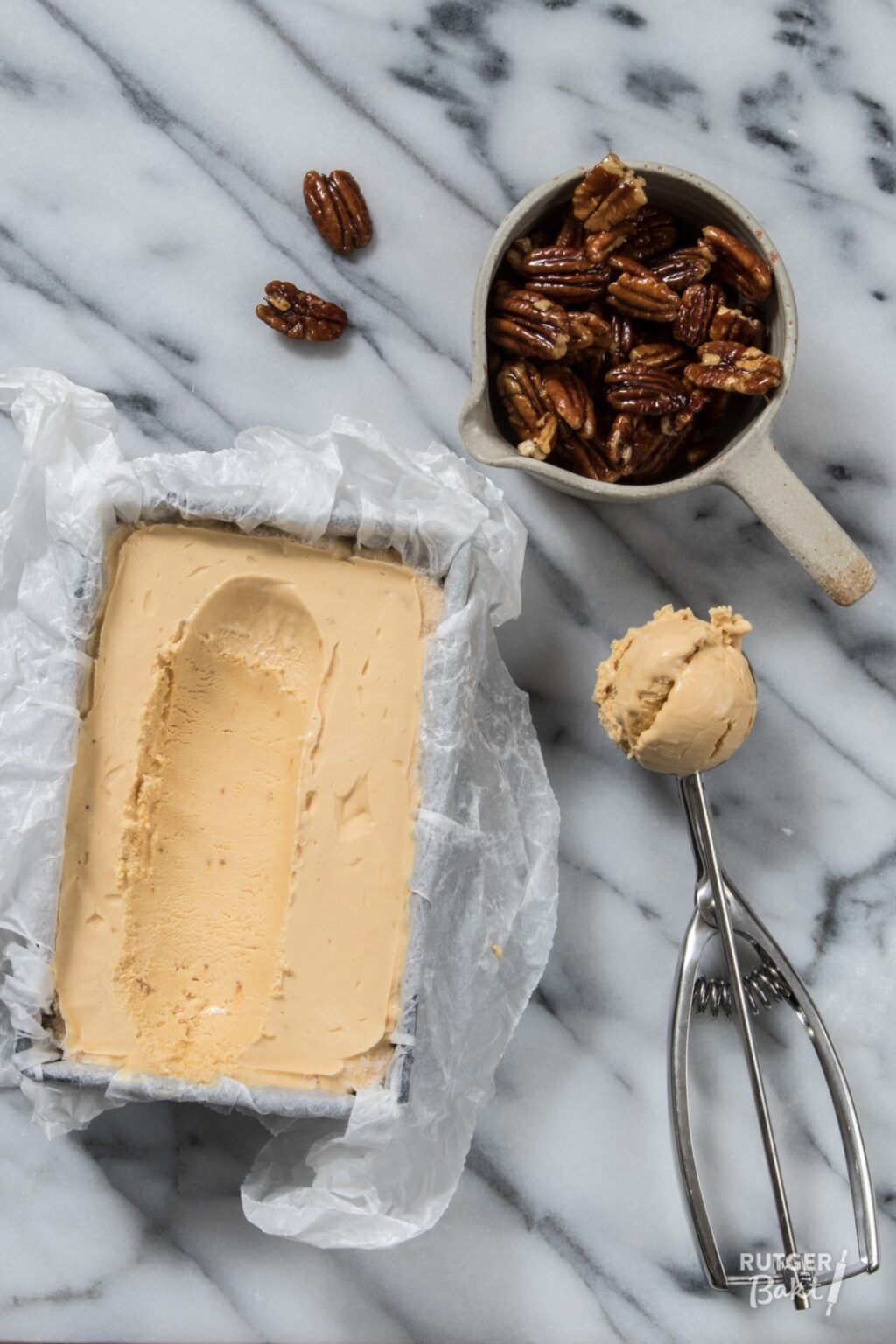 Makkelijk dulce de leche ijs
