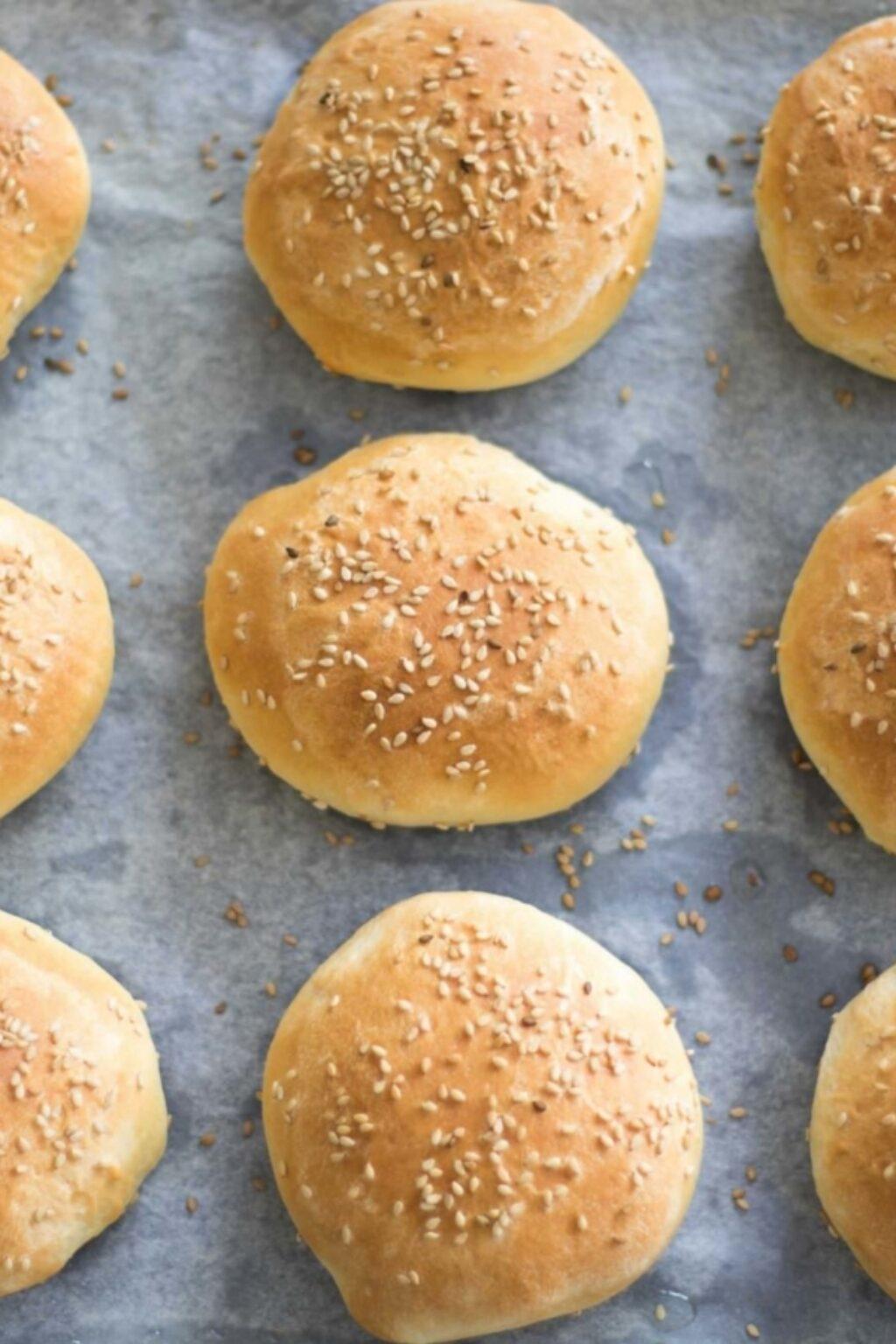 Zelf hamburgerbroodjes bakken – recept