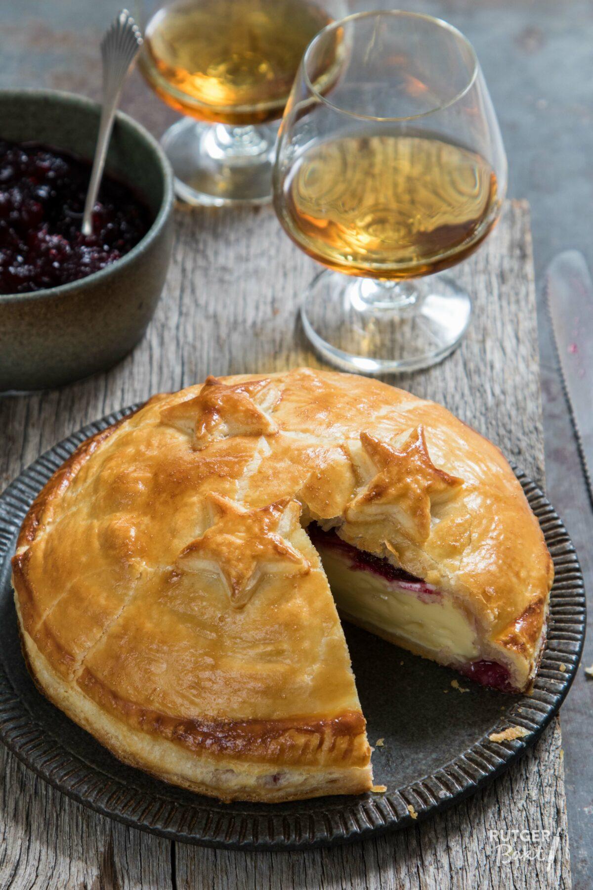 Camembert in bladerdeeg – recept