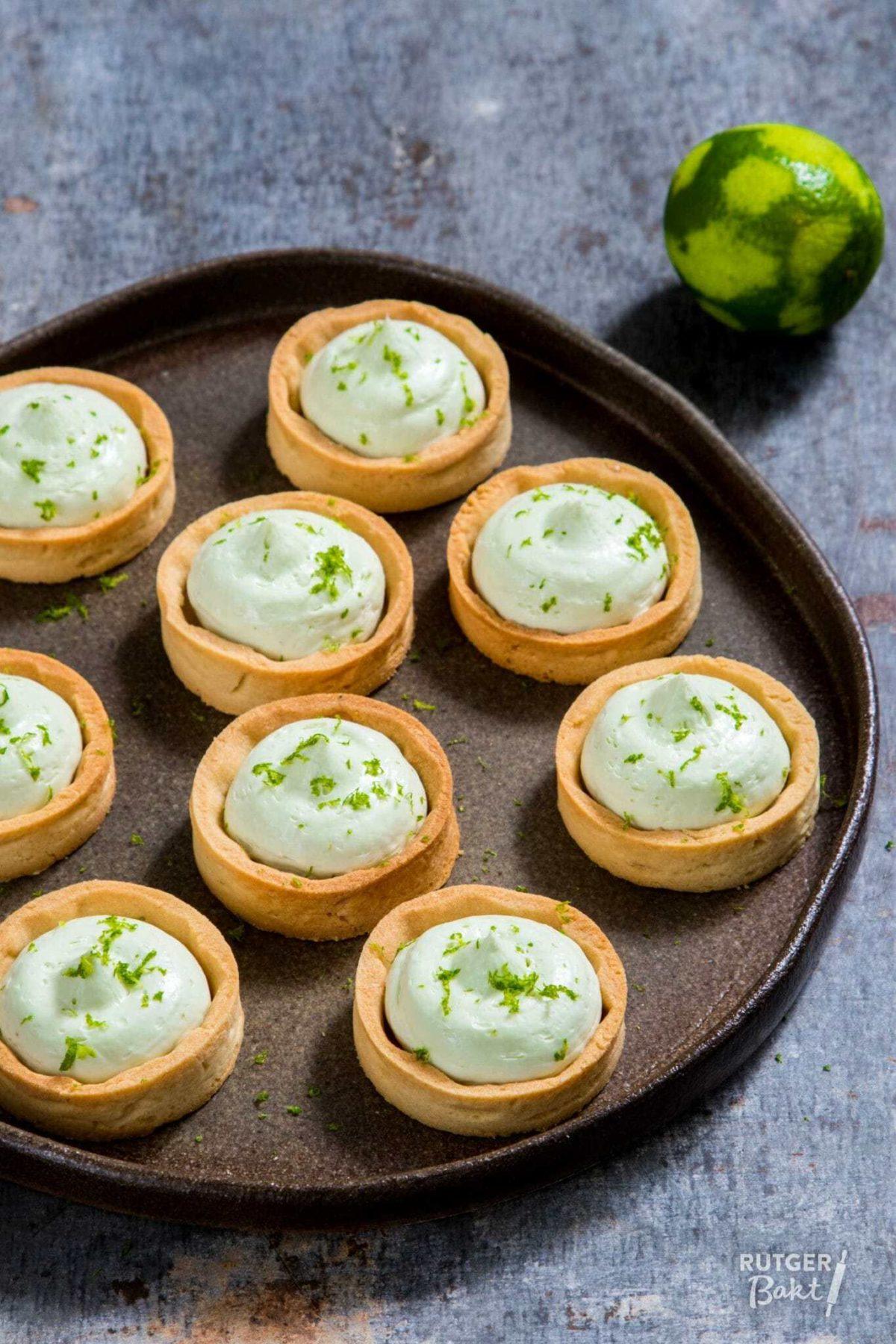 Kleine taartjes met limoen
