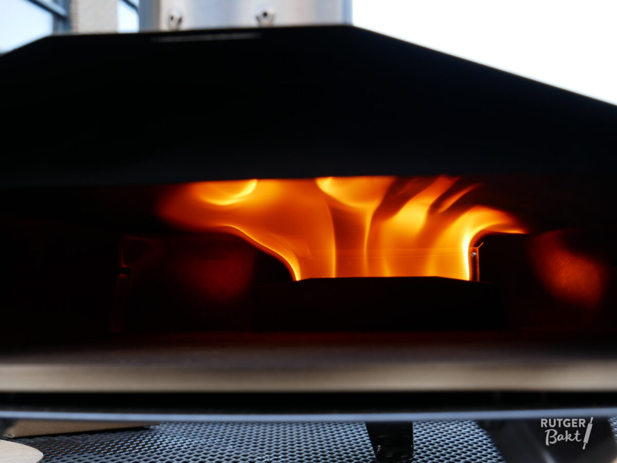 Pizza bakken in de Uuni oven