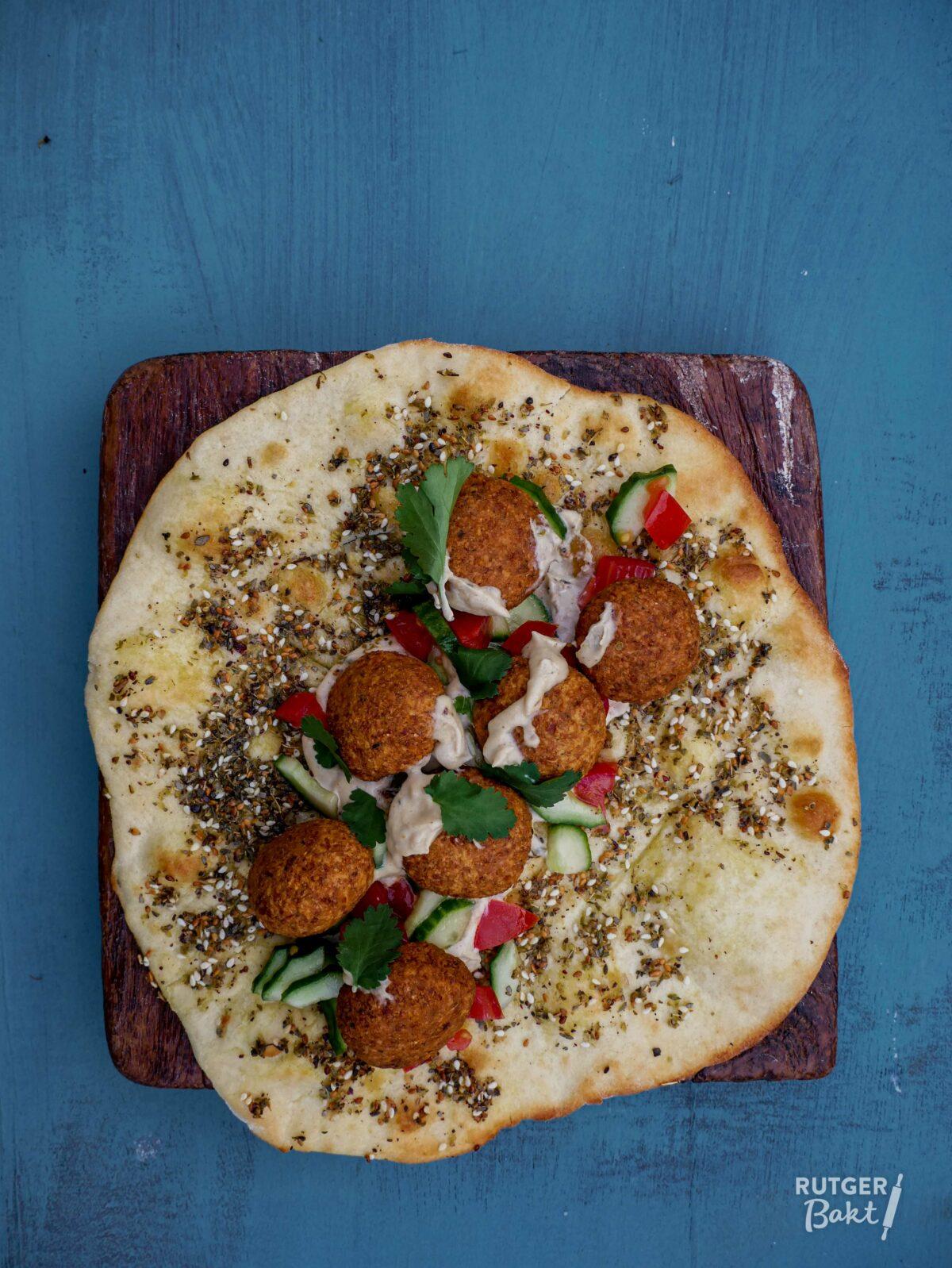 Libanees platbrood met falafel