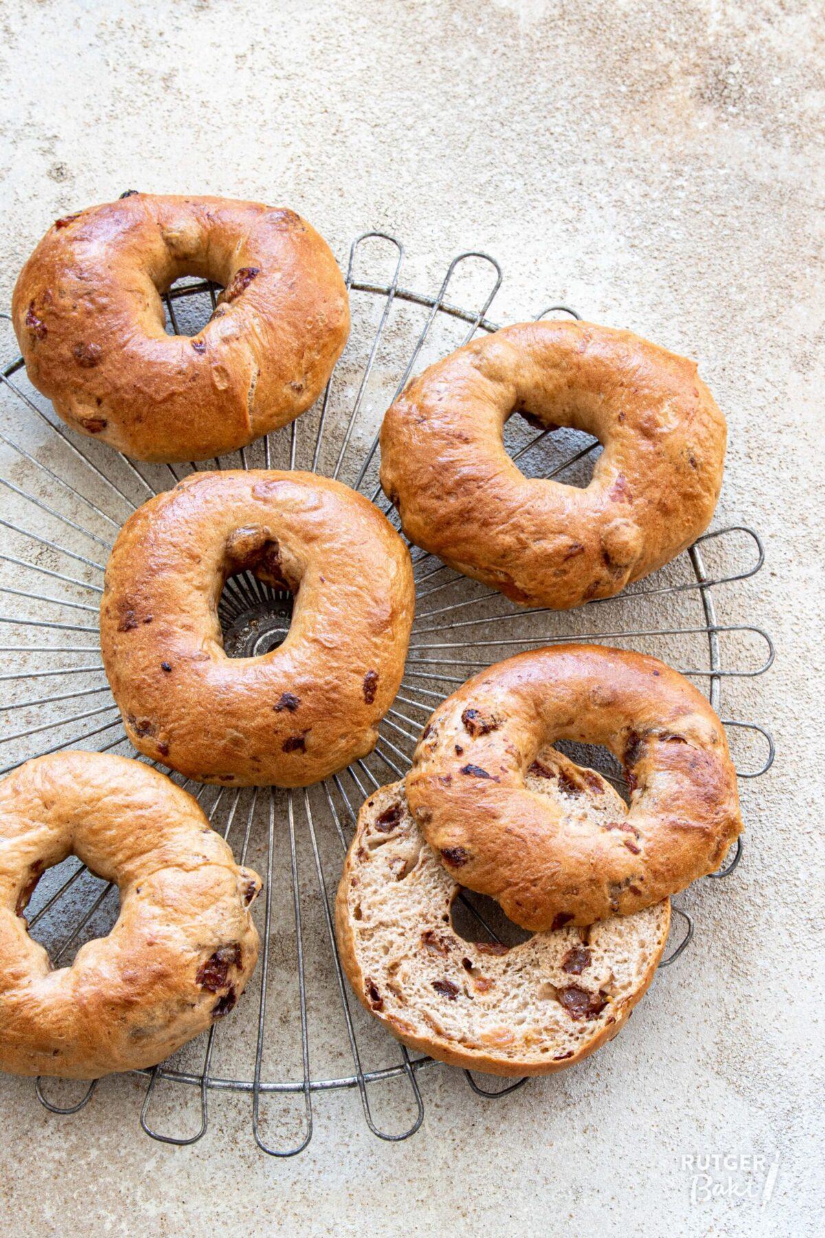 Rozijn-kaneel bagels recept